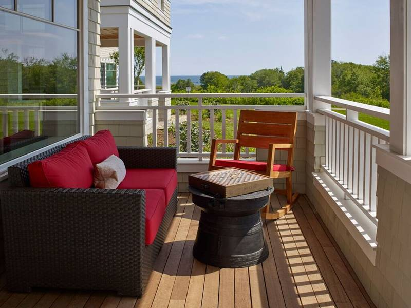 Cove Suite Deck