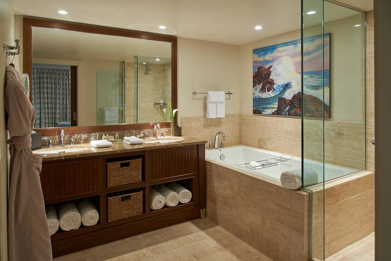 Beach Suite Bathroom